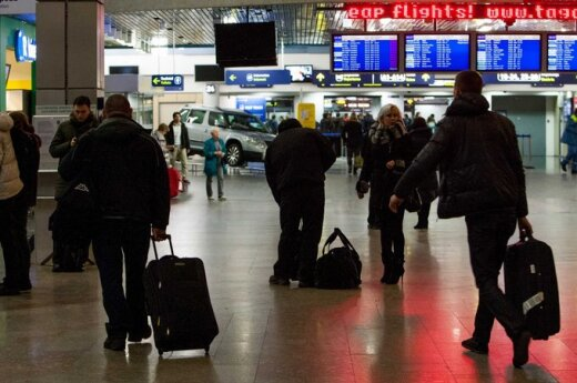 Iš Turkijos ir Švedijos parskridę žmonės buvo įkalinti Vilniaus oro uoste