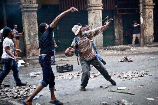 Su Egiptu glaudžiai susijusios moterys - apie įvykius šalyje