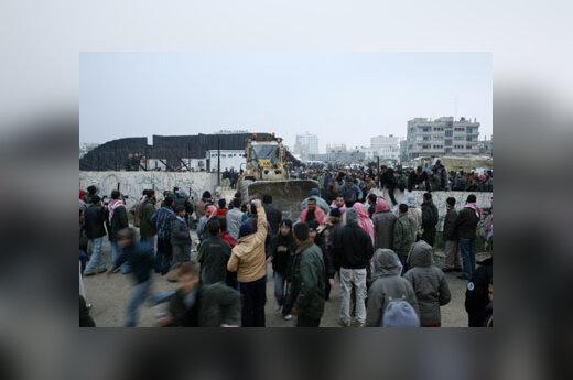 Griaunama siena tarp Gazos ir Egipto