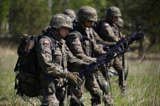"""Главком ВС Польши в Вильнюсе: мы готовы к """"зеленым человечкам"""""""