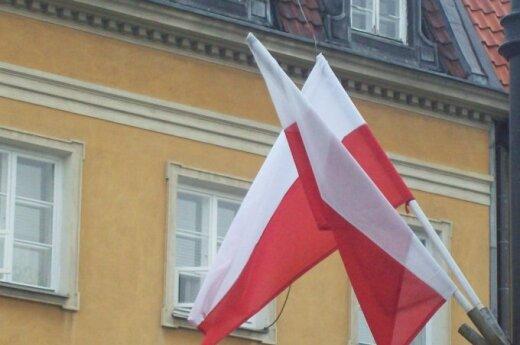 Pieniądze dla Polaków za granicą - kolejna afera z MSZ w roli głównej!