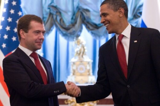 Обама привез в Москву контракты на полтора миллиарда долларов