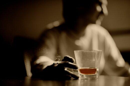 Alkoholiko žmona keturis vaikus augina viena