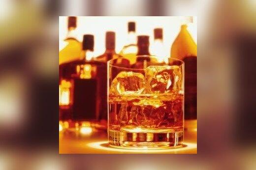 Polacy piją coraz mniej czystej wódki