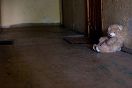 Pedagogė: smurtą patiriančiam vaikui gali padėti mokyklos bendruomenė