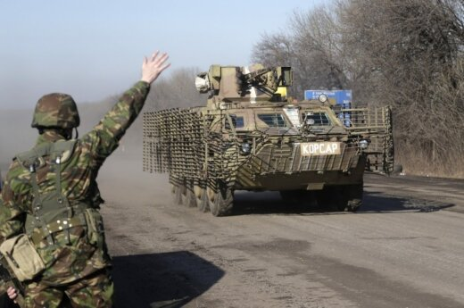 Перед перемирием бои на Украине усиливаются