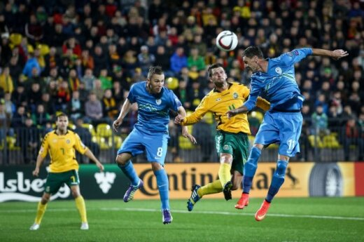 Šiurkščiai gynyboje klydusi Lietuvos rinktinė pralaimėjo slovėnams