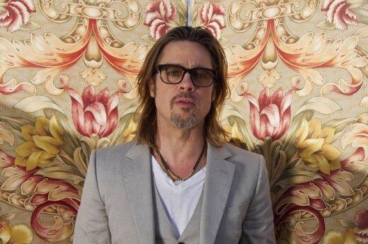 Brad Pitt skazuje Chrystusa na śmierć