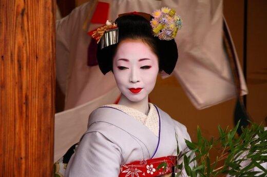 Japonijos geišos: geriau nebandykite jų liesti ar kalbinti