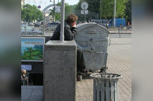 Benamis, šiukšlių konteineriai