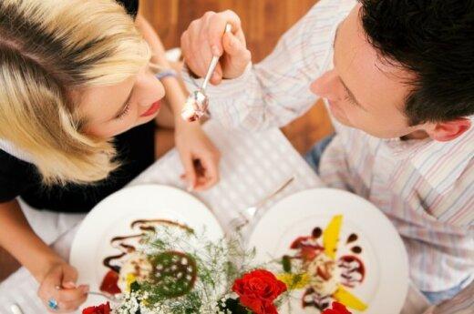 Tyrimas: per pasimatymą žmonės renkasi kitokį maistą