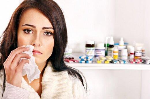 Apsilankymas vaistinėje: ant klientų nusispjovusios pardavėjos ir aptarnavimas be eilės