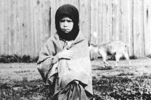 Holodomoras Ukrainoje. 1933 m. Fot. A. Vinerbergeris
