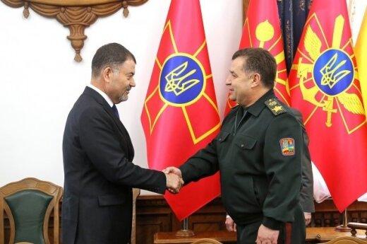 """Украина готова предоставить """"зеленый коридор"""" войскам РФ, выходящим из Приднестровья"""