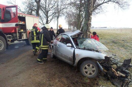 В Шилутском районе в ДТП погибла 19-летняя водитель Audi