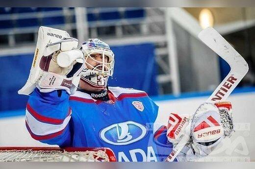 Масальский пропустил трижды от нового лидера КХЛ, у СКА — четвертая неудача