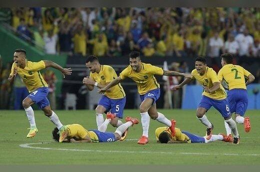 Бразилия первой отобралась на ЧМ-2018 в России, Аргентина опустилась на 5-е место