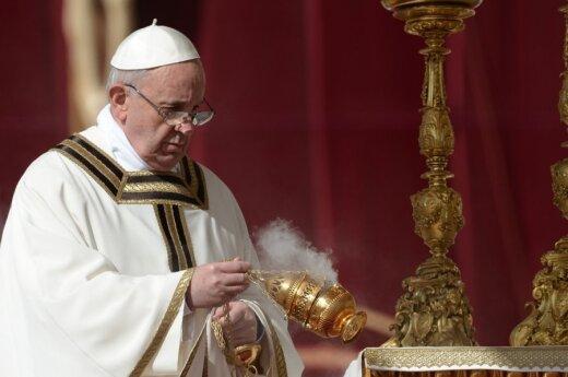 Watykan: Franciszek zamierza nawiązać dialog ze światem islamskim i ateistami