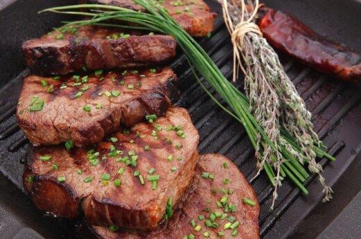 Жареное на гриле мясо способствует развитию заболевания
