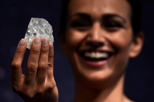 """Didžiausias pasaulyje deimantas """"Lesedi la Rona"""""""