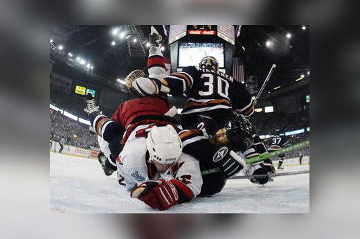 "NHL ""Oilers"" ir ""Hurricanes"" rungtynės"