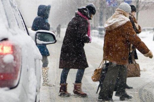 Снег идет и метет по всей Литве