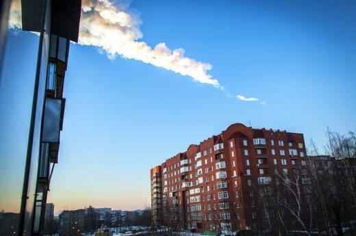 Rosja: Deszcze meteorytów. Ponad 400 osób rannych
