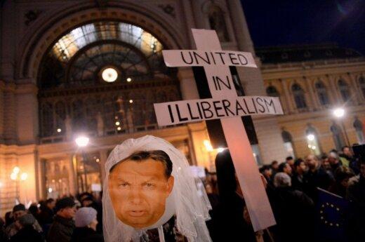 Накануне визита Путина в Будапеште прошла массовая акция протеста