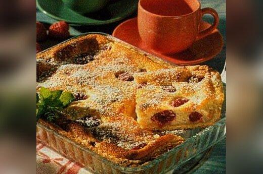 Pyragas su sūriu ir avietėmis