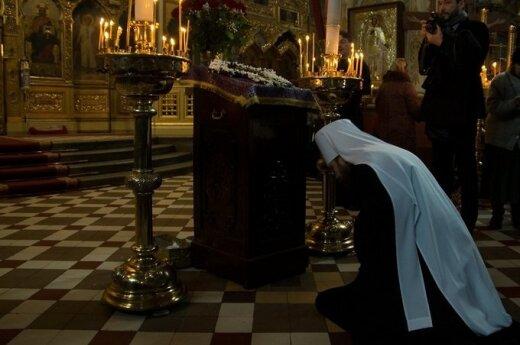 Митрополит Иларион провел службу в соборе А.Невского в Таллинне