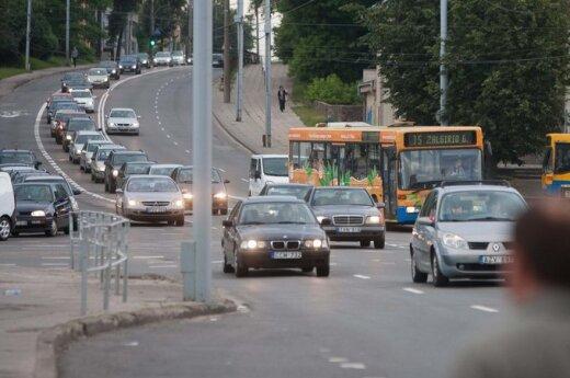Keleivių asociacija: savivaldybės per šventes gyventojus ir vėl ketina sugrūsti į automobilius