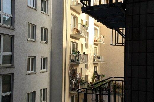 Pernai brango naujos ir senos statybos butai