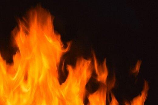В столице горела квартира в многоквартирном доме