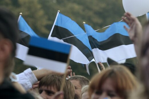 New coalition in Estonia promises higher minimum wage and lower social tax