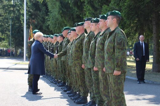 Dalia Grybauskaitė: Wstąpiłabym do wojska, gdyby była taka możliwość w młodości