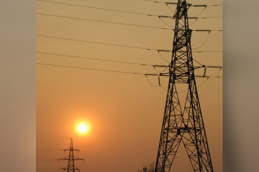 Elektros stulpai, energija, saulėlydis