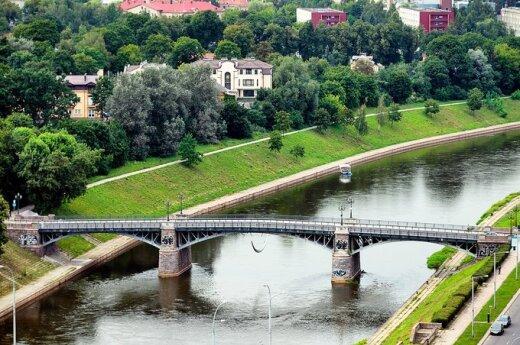 В Вильнюсе утонула упавшая в реку женщина