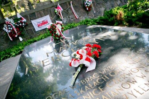 Reakcja polskich polityków na wandalski atak na mauzoleum Piłsudskiego w Wilnie
