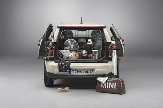 Миниатюрные версии автомобилей Mini помогают на Олимпиаде