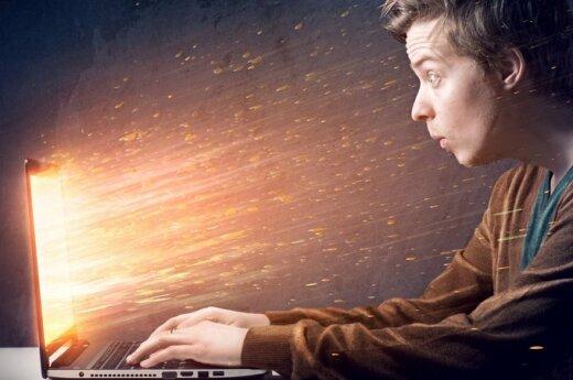 Keturi burtažodžiai, kuriuos būtina žinoti verslui apie internetinę reklamą