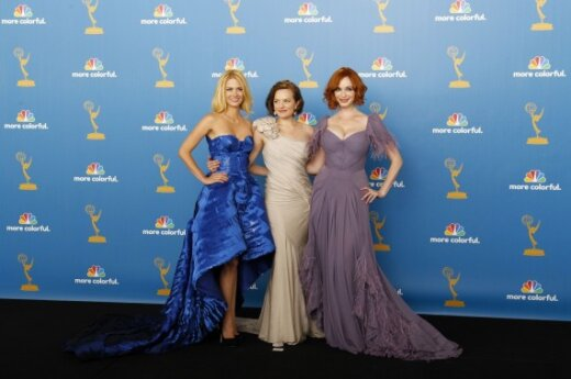 January Jones, Elizabeth Moss ir Christina Hendrick