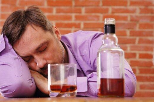 Ужасающие цифры: литовцы пьют все больше