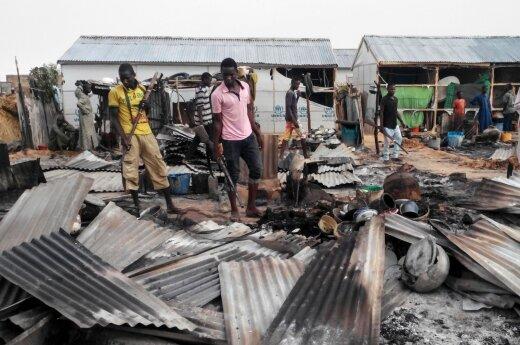 Nigerijoje mirtininkai sprogdintojai nužudė mažiausiai 16 žmonių