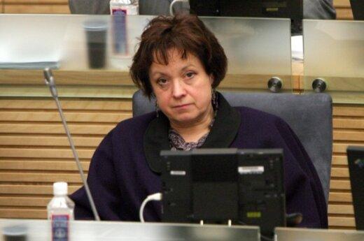 """В.Алекнайте: я бы поставила российским властям """"кол"""""""