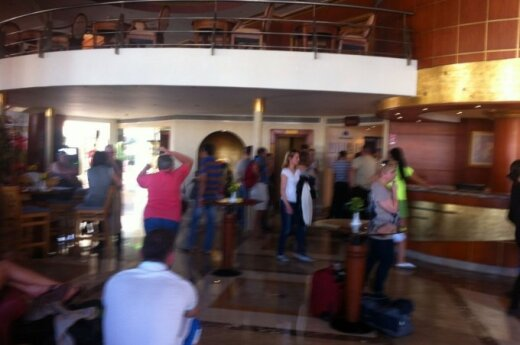 Литовцы сообщают, что застряли в гостинице Египта: агентство не оплатило ночлег