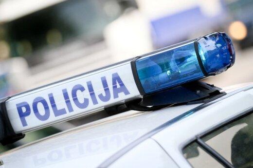 В Кедайняй водитель не пропустила автобус, пострадала несовершеннолетняя