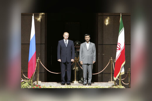 Mahmoudas Ahmadinejadas ir Vladimiras Putinas
