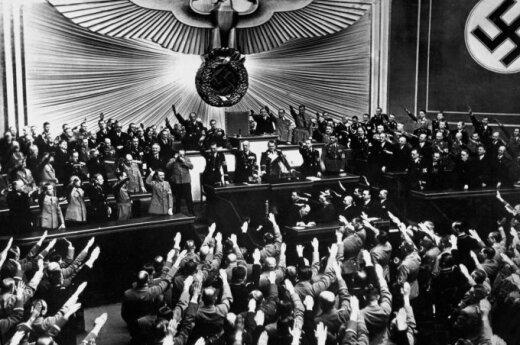США использовали нацистов в качестве шпионов во время Холодной войны