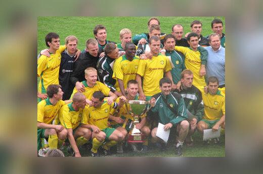 """FBK """"Kaunas"""" futbolininkai iškovojo 2007 metų LFF Supertaurę"""