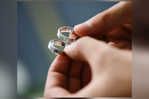 Дипломаты будут добиваться признания браков, заключенных в посольстве